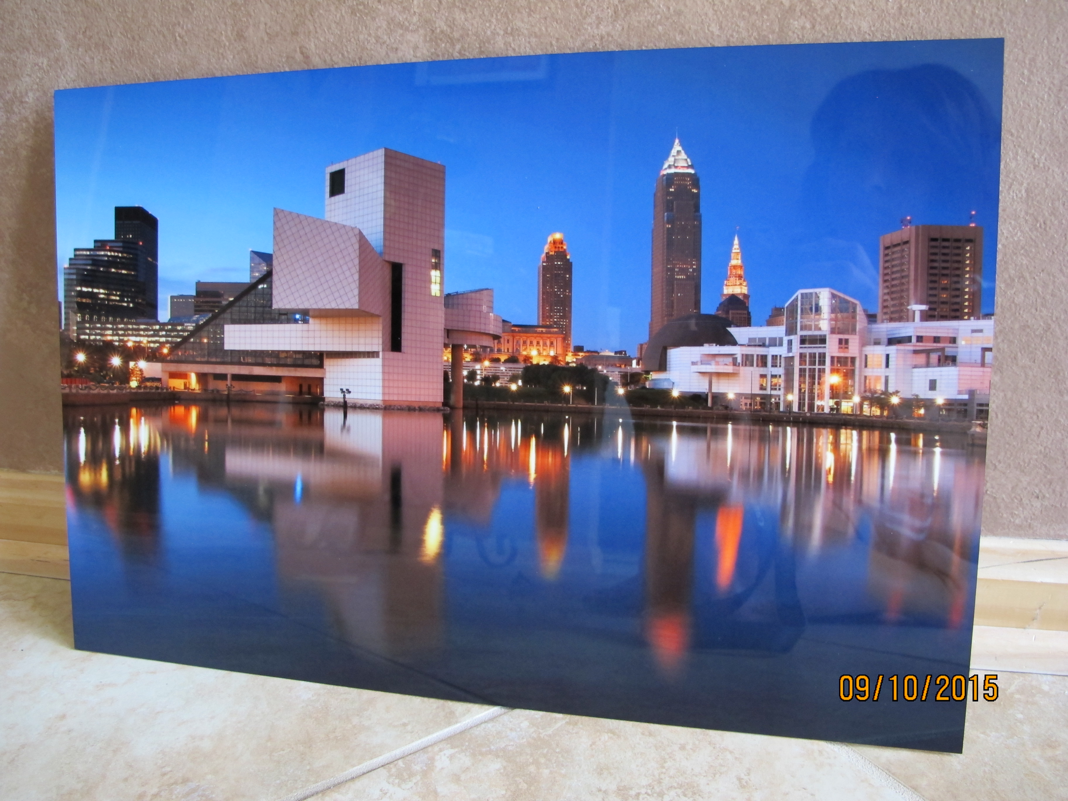 RAFFLE #15 Cleveland, OH Skyline Photograph on Aluminum Thank you to Todd Sechel Studio LLC, Amherst, for donating this beautiful item! •12 X 18 Photograph on Aluminum Value: $150 *Raffle open to local participants only due to prize size.