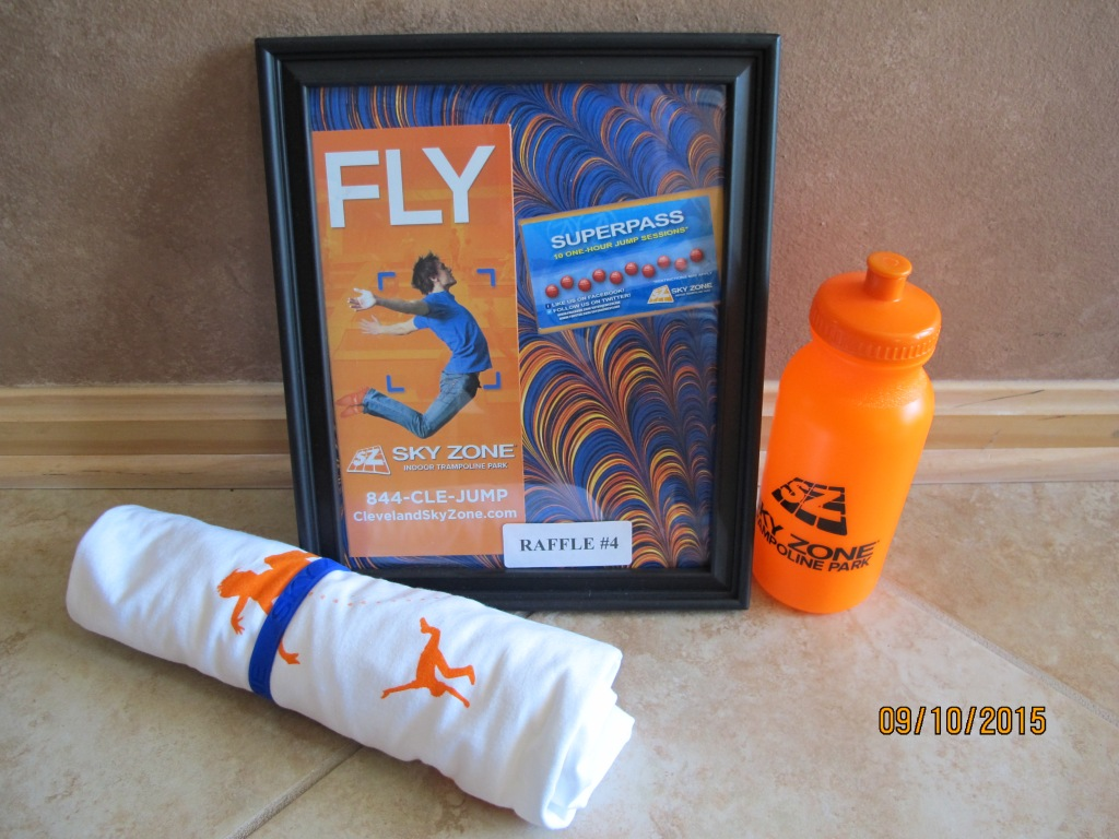 RAFFLE #4 SKY ZONE Westlake, OH Thank you to Sky Zone for donating this package to EHH! •Sky Zone SUPER PASS: A punch card good for 10 One Hour Jump Sessions Sky Zone T-Shirt • Sky Zone Water Bottle Value: $120 *Raffle open to local participants only due to prize location.