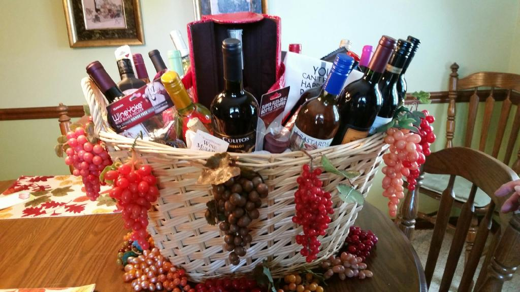 View raffle items from 2014 emily 39 s hopeful holiday for A david anthony salon lorain